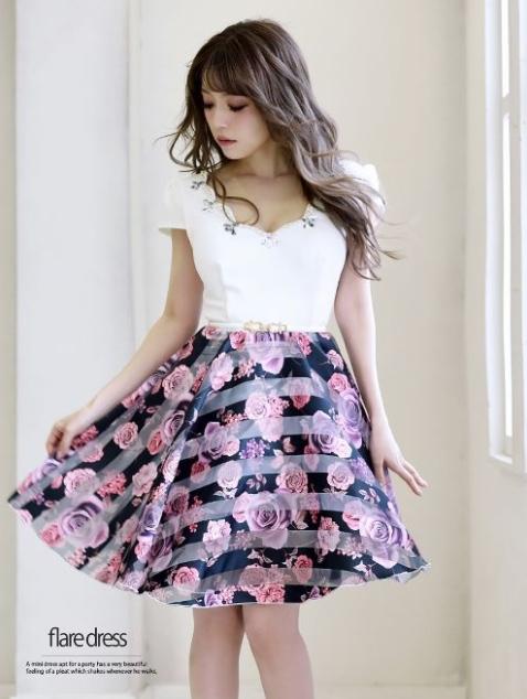デザインが華やかなドレス