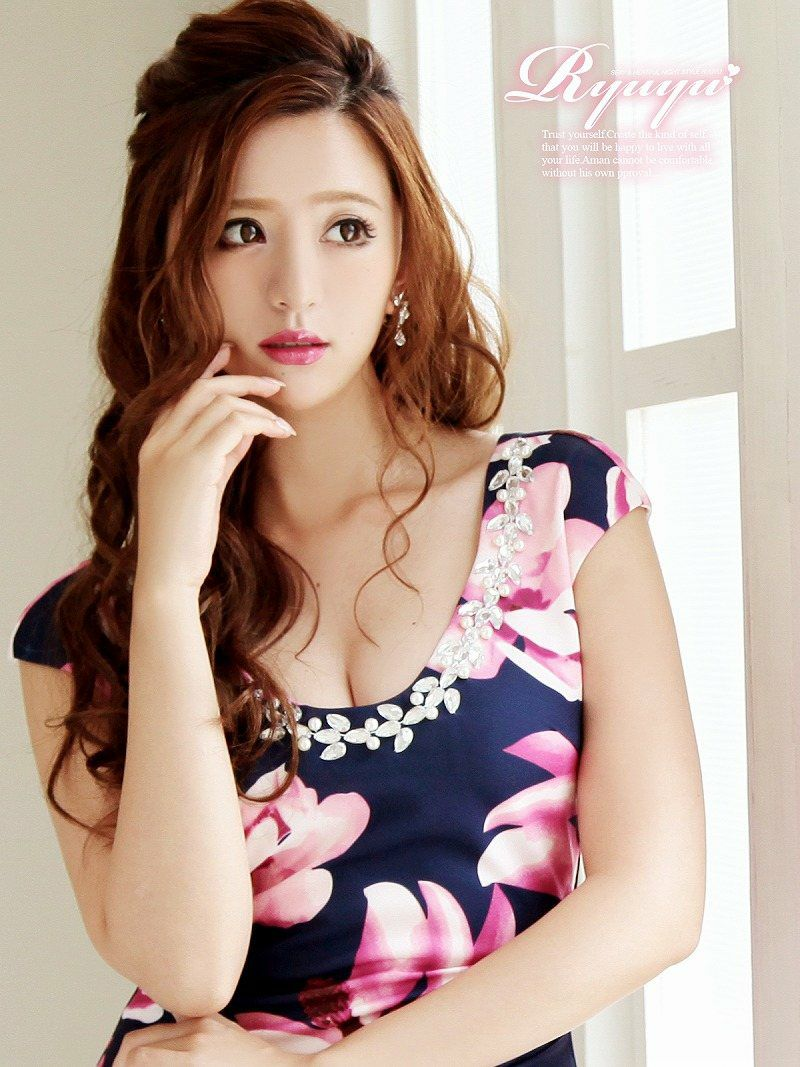 大人flowerミニドレス 丸山慧子 着用キャバドレス【Ryuyu】【リューユ】サイドギャザー袖付きキャバクラドレス