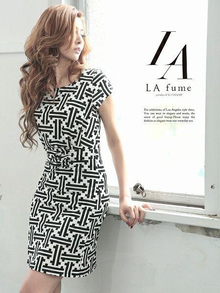 【LAfume】ウエストギャザーで美スタイルなジオメトリック柄セレブワンピース/ラフューム