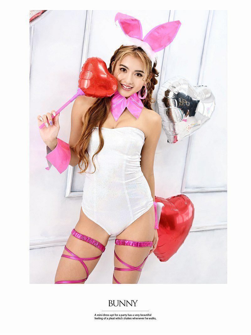 【即納】【キャバコスプレ4点セット】白キラキラ×ネオンピンクバニーコスプレ 人気!!エロいハイレグバニーガールハロウィン仮装パーティーやダンス衣裳に♪