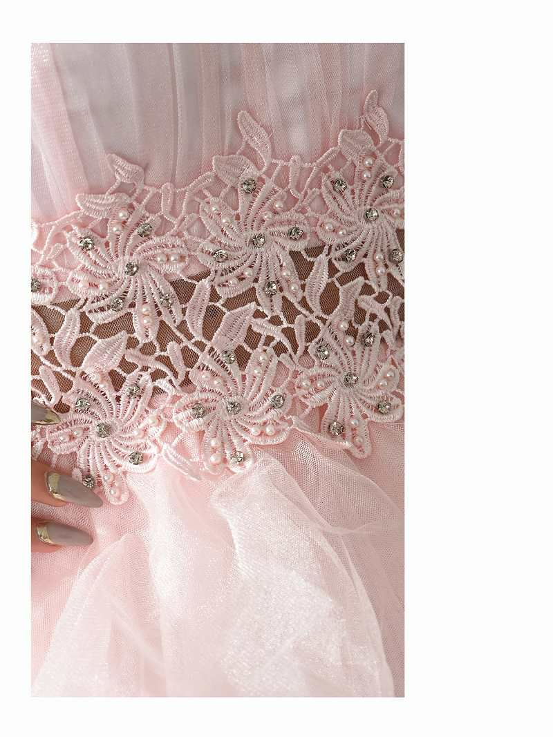 圧倒的存在感 花柄刺繍ふんわりフリルキャバクラドレス ゆきぽよ 着用キャバドレス【Ryuyu/リューユ】(S/M/L)(ピンク/シルバー/ブルー)